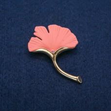 Брошь Лист розовый 8522