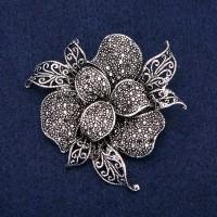 Брошь Цветок серебристый 8370