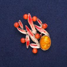 Брошь Листики с оранжевым камнем 8722