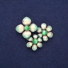 Брошь Три цветка зеленые 8973