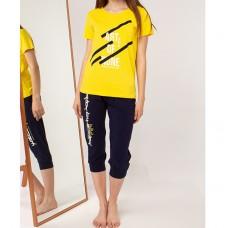 Пижама женская желтая с капри 5252