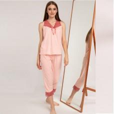 Пижама женская с капри розовая 7535
