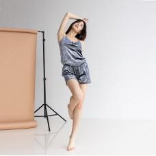 Женская пижама с шортами серая 7613